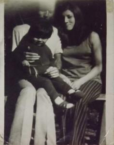 Manuel Maturana, Mónica Llanca y Rodrigo Maturana Llanca, 1973