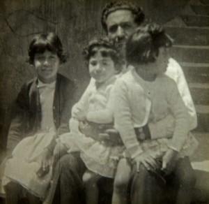 Fernando navarro y sus hijas erika, monica y patricia