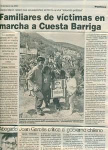 familiares a la espera de encuentro de restos en cuesta barriga, 2001